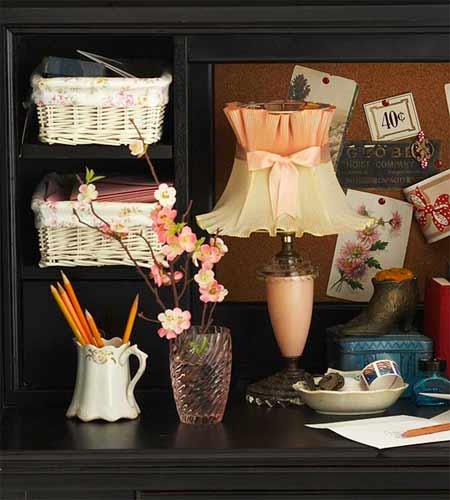 Sử dụng các khay đựng đồ lặt vặt để trang trí nhà thêm đẹp