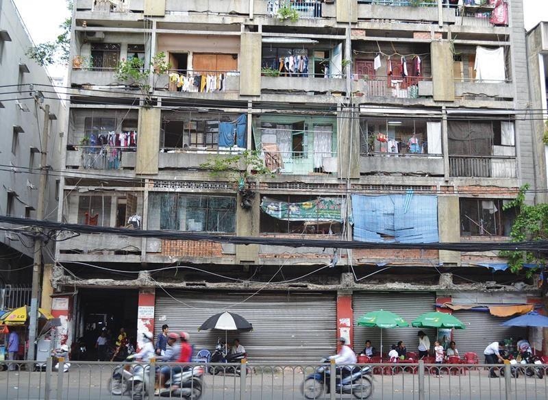 Tp.HCM gặp khó trong việc xây mới các chung cư cũ trước năm 1975.