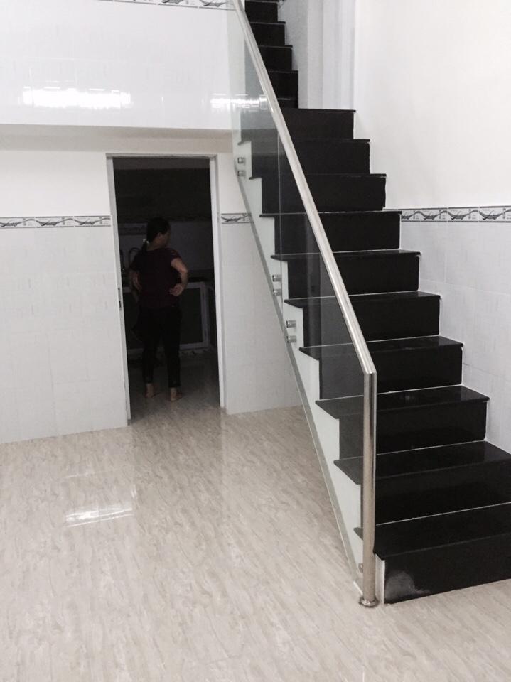 Nhà phố đường Võ Văn Kiệt Quận 1