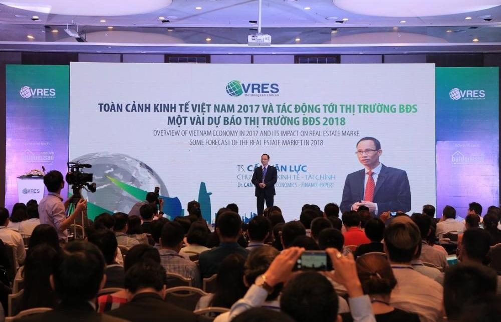 Các chuyên gia đều cho rằng những khởi sắc của nền kinh tế đã ảnh hưởng tích cực đến thị trường BĐS Việt Nam