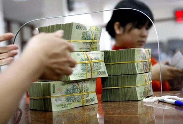 Các ngân hàng được yêu cầu kiểm soát chặt nguồn vốn vào bất động sản, chứng khoán và tiêu dùng.