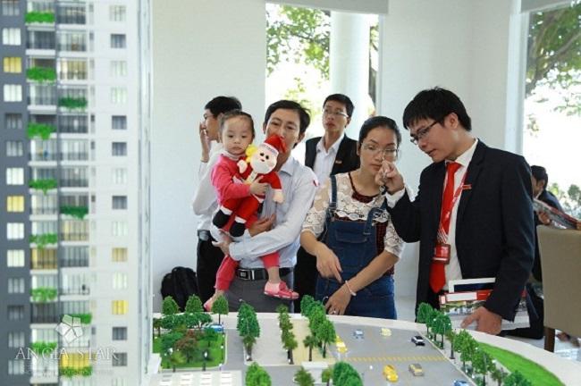 Các ngân hàng hiện đã thực hiện tăng lãi suất cho vay đối với bất động sản.