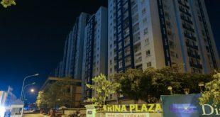 Sau vụ cháy, đến nay, chung cư Carina vẫn còn tối đèn.