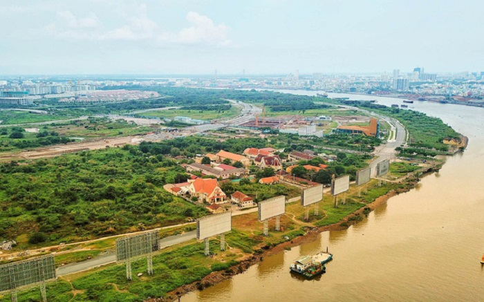 UBND TP đã giao Sở Kế hoạch và Đầu tư đề xuất phương án bố trí nguồn vốn ngân sách TP đầu tư hạ tầng kỹ thuật hoàn chỉnh tại 9 lô đất trong Khu đô thị mới Thủ Thiêm