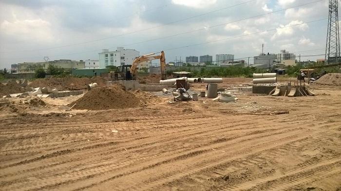 Giá đất nền khu Đông hiện đang khá cao nên nhiều nhà đầu tư chuyển hướng sang các khu lân cận.
