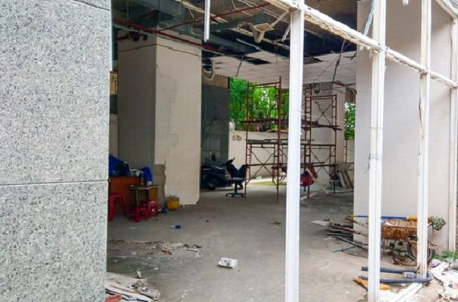 Công an TP.HCM đã phát lệnh truy nã ông Huỳnh Văn Ánh, Giám đốc Công ty Địa ốc Bình Tân, chủ đầu tư chung cư Long Phụng Residence về tội lừa đảo chiếm đoạt tài sản vì ông này đã bỏ trốn.