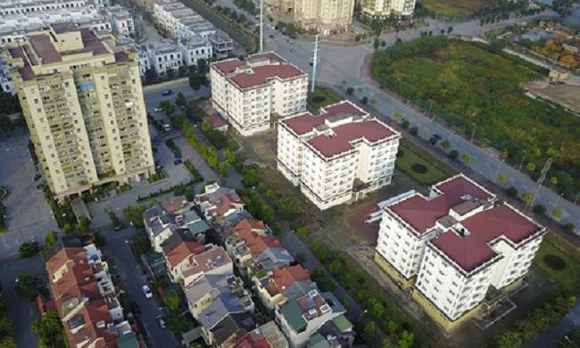 Nhiều căn hộ tái định cư không có người đến nhận.