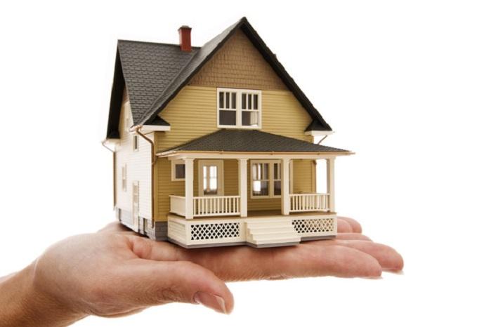 Thị trường bất động sản tại Việt Nam có những đặc thù riêng nên khi mua nhà ở cần xem xét kỹ.