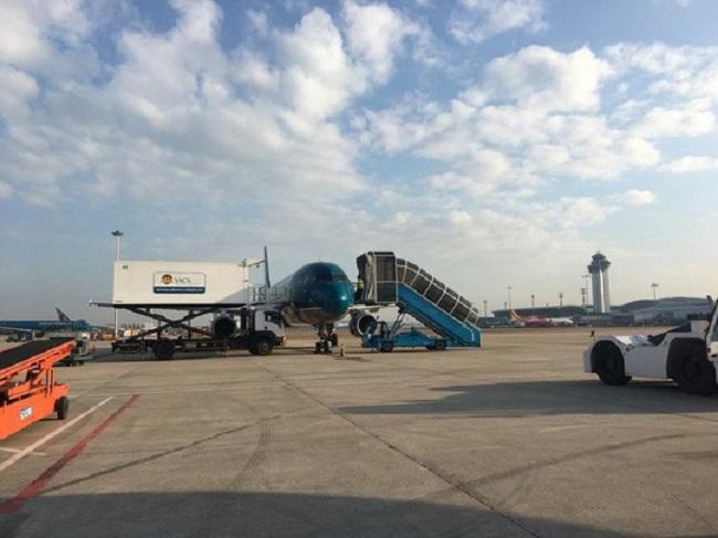 Nhu cầu về chỗ đậu máy bay của các hãng tăng cao ở sân bay Tân Sơn Nhất.