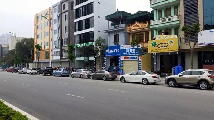 Nhà phố mặt tiền đường có biên độ tăng giá thấp hơn nhà phố trong hẻm.
