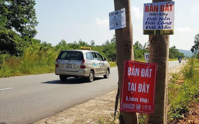 Nhân viên môi giới thừa nhận hiện ở Vân Đồn có tình trạng đẩy giá đất, song giao dịch thực của nhà đầu tư rất khan hiếm.