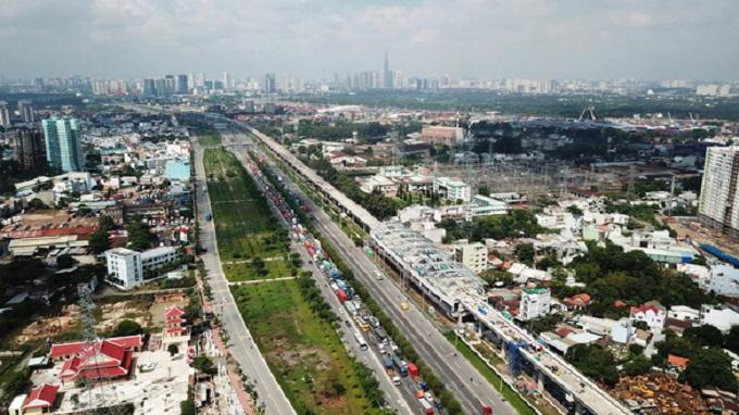Tuyến metro Bến Thành - Suối Tiên đoạn qua Q.9, TP.HCM - ẢNH: QUANG ĐỊNH