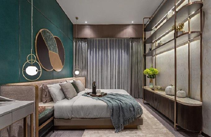 Phòng ngủ chính của căn hộ mẫu bốn phòng ngủ.