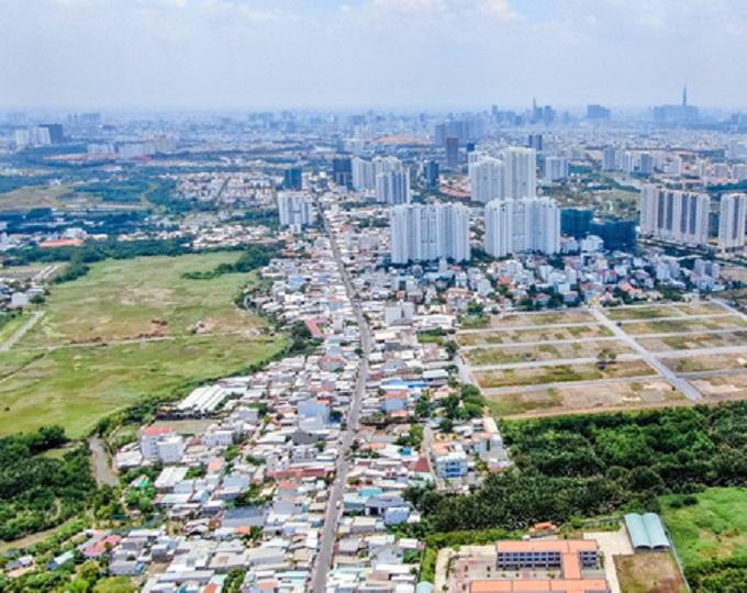 Con đường Lê Văn Lương (huyện Nhà Bè) sẽ được đầu tư mở rộng lên 40m, kết nối trực tiếp từ giao lộ Nguyễn Văn Linh - Lê Văn Lương đến Khu đô thị cảng Hiệp Phước và đi thẳng đến trung tâm huyện Cần Giuộc (Long An).