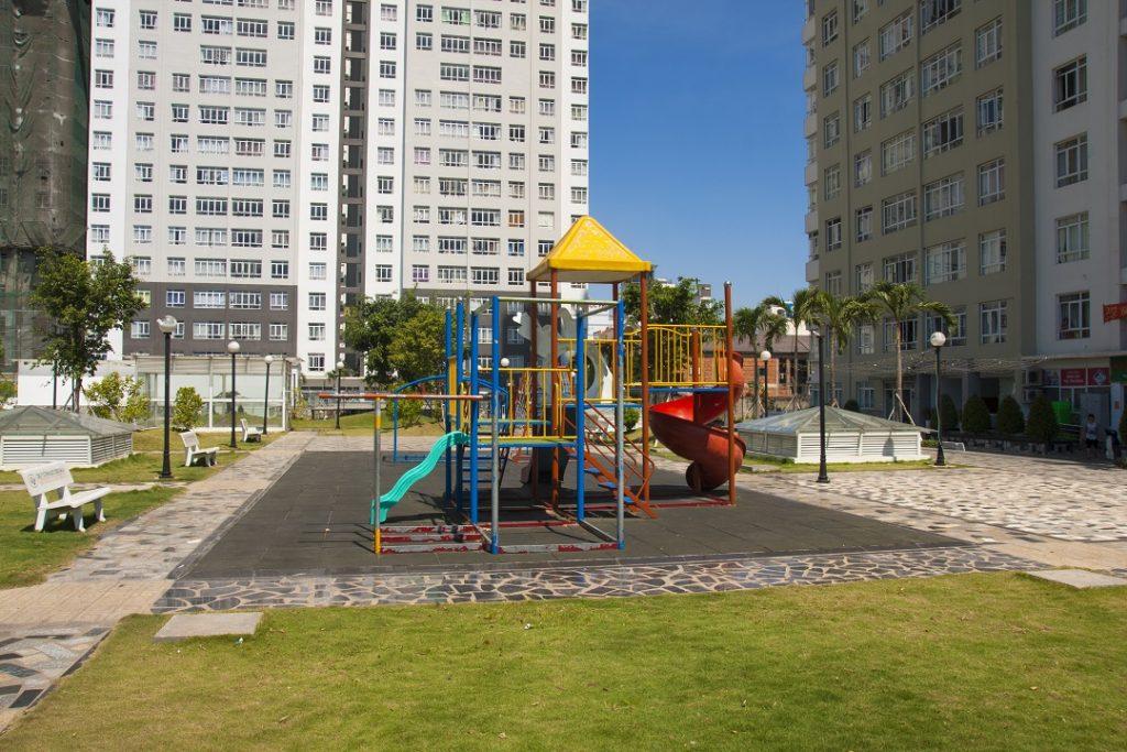 Sân chơi trẻ em căn hộ Central Premium