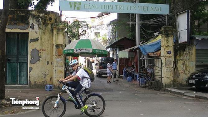 Phó Thủ tướng yêu cầu Bộ Văn hoá, Thể Thao và Du lịch thu hồi cổ phần đã bán tại Hãng phim truyện Việt Nam và hoàn trả tiền cho nhà đầu tư.