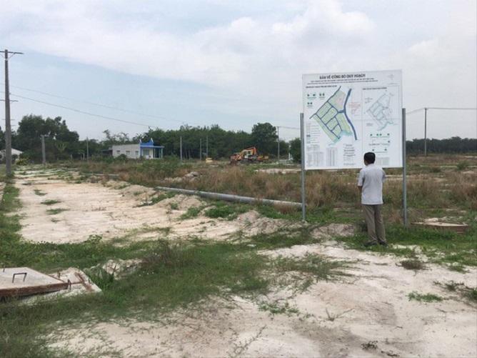 """Dự án """"chui"""" Gragon City xây dựng hạ tầng trái phép trên đất nông nghiệp"""